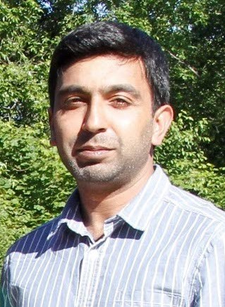Aamir Mahmood headshot